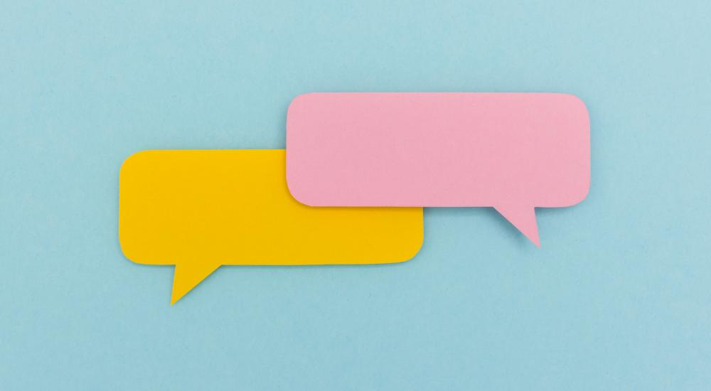 different colored speech bubbles