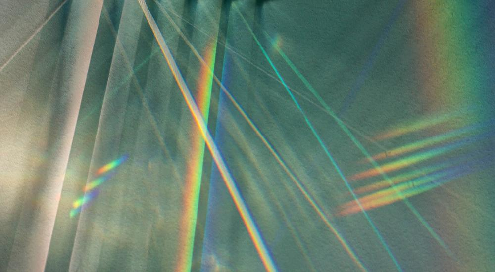 light refracting in multiple colors