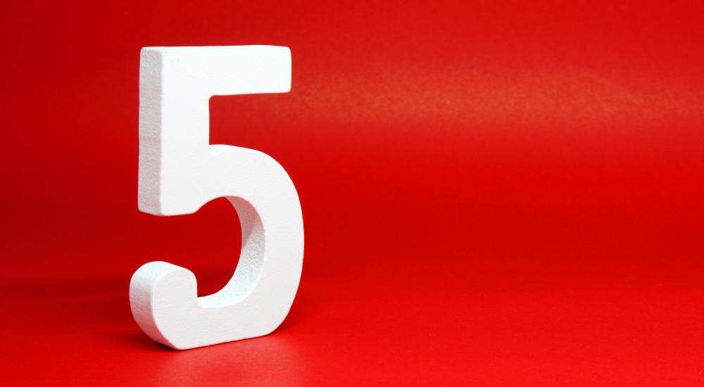 the number 5 on a red background